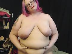 Promiscuous BBW Sara Star Takes Dirty and Masturbates on Web cam