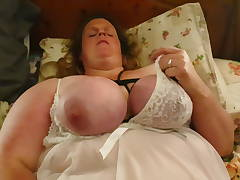 Curvy Charlotte BBW playing with herself part 1