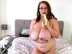 BBW Georgina Gee Enjoys Giant Tits And A Banana