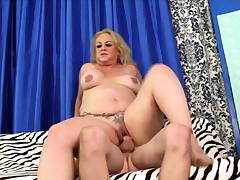 Golden Slut - Ramming an Old Pussy Compilation