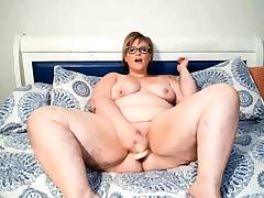 Big miss Alice Stoner has a bit of double penetration fun