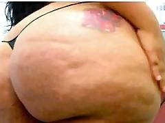 Big Latin Cam Lady With A Huge Ass