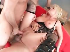 Messy horny blond bitch blows jizzster