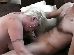 He cheats with sexy ash-blonde plumper