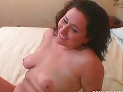 Plumper scorching lesbo getting cunt pleased with big boobs