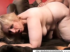 Stunning mature Plumper babe Anne enjoys a facial cum shot